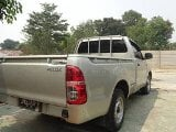 Foto Dijual Toyota Hilux Double Cabin 4X2 Limited...