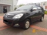 Foto Toyota Innova V at 2010 Black