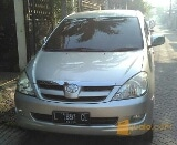 Foto Innova Diesel Manual V Ekstra/Luxury