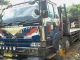 Foto Nissan diesel self loader truck ex import