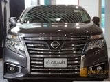Foto Nissan elgrand grand livina hitam at