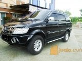 Foto Isuzu panther grand touring hitam 2012