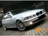 Foto BMW 528i E39 Pemakaian 2001 Supperrbb Muluuss.