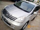 Foto Nissan Grand Livina 1.5 Ultimate AT 2011 Istimewa