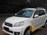 Foto Daihatsu terios tx at adventure 2013 putih sporty