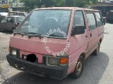 Photo Nissan c22 Vanette window van