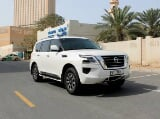 Photo Rent a 2020 Nissan Patrol Platinum in Dubai -...