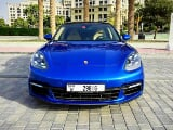 Photo Rent a 2018 Porsche Panamera Turbo S in Dubai -...