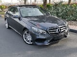 Photo E300 AMG KIT-Immaculate condition-Single lady...