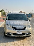 Photo Used Chrysler Town & Country 2013