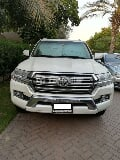 Photo Used Toyota Land Cruiser 4.0L GXR 2017