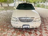 Photo Used Lincoln Town Car 2006