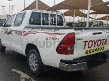 Photo Aed 1066 / month | toyota hilux 2016| 2.7 mt |...