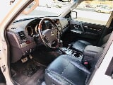 Photo Mitsubishi pajero 3.8 v6 4wd model 2012 gcc...