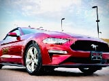 Photo Used Ford Mustang Convertible 2018