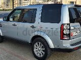 Photo (Dubai town square) 7 seats gcc land rover lr4...