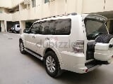 Photo 2010 mitsubishi pajero gcc 3.8cc mid option...