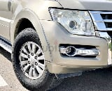 Photo Only 690/m mitsubishi pajero 2015 mid gcc 100%...