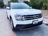 Photo Rent a 2020 Volkswagen Teramont in Dubai - AED...