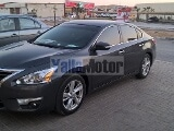 Photo Used Nissan Altima 2.5 SL 2013 Car for Sale in...