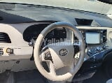 Photo Used Toyota Sienna 2011
