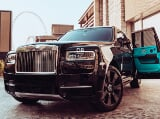 Photo Rent a 2020 Rolls Royce Cullinan in Dubai - AED...