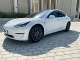Photo Rent a 2020 Tesla Model 3 in Dubai - AED 890...