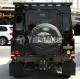 Photo Used Land Rover Defender 2013