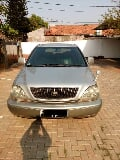 Foto Toyota Harrier 3.0 awd b. Up 2001