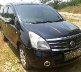 Foto Nissan Grand Livina Ultimate 2007 Hitam