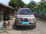 Foto 2010 Isuzu Panther Grand Touring