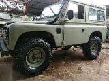 Foto Land Rover Seri II (Defender Look)