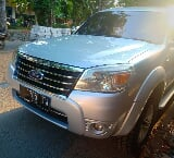 Foto 2009 Ford Everest