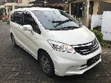 Foto Honda Freed 2013 PSD Electric Kiri Kanan Km30rb...