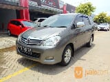 Foto Kijang Innova V At 2010 Grey