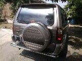 Foto Isuzu Grand Touring 2002