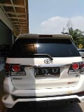 Foto Toyota Fortuner Diesel TRD at 2013 warna putih...