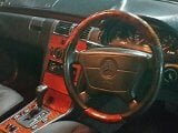 Foto MERCY E230 Classic 5SPEED AT. Th. 1999....