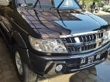 Foto Isuzu grand panther touring 2009 hitam