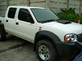 Foto Nissan Navara 2.5 Double Cabin 2010 Manual