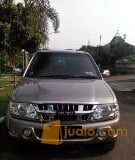 Foto Isuzu Panther Grand Touring 2010 M/T Warna:...