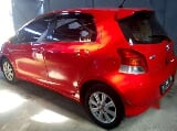 Foto Yaris E at 2009 merah kredit murah