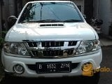 Foto Isuzu Panther Grand Touring 2.5 th 2011