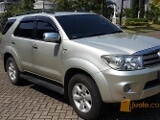 Foto Toyota Fortuner Diesel Matic Turbo Silver 2010...