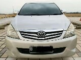 Foto Kijang Innova V 2.0 AT 2009/2010 DP6 Bensin Air...