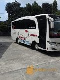 Foto Medium Bus Isuzu