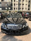 Foto Mercedes benz w212 e300 black on beige 2011