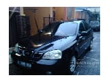 Foto 2004 Chevrolet Optra 1.8 LS Sedan