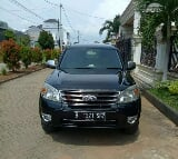 Foto Ford Everest XLT 2012 SUV dijual