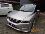 Foto Honda Odyssey Absolute 2004 RB1
